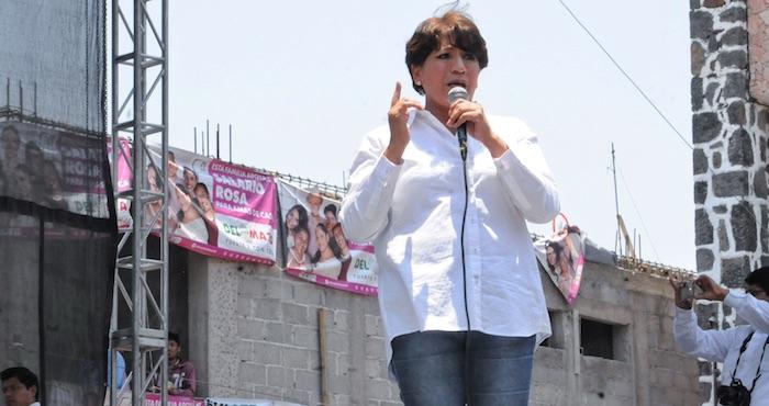 Josefina Vázquez Mota lleva propuesta puerta por puerta en Ixtapaluca