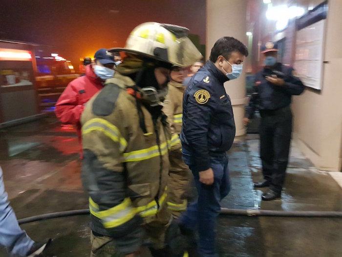 Se incendia Walmart de Miguel Ángel de Quevedo