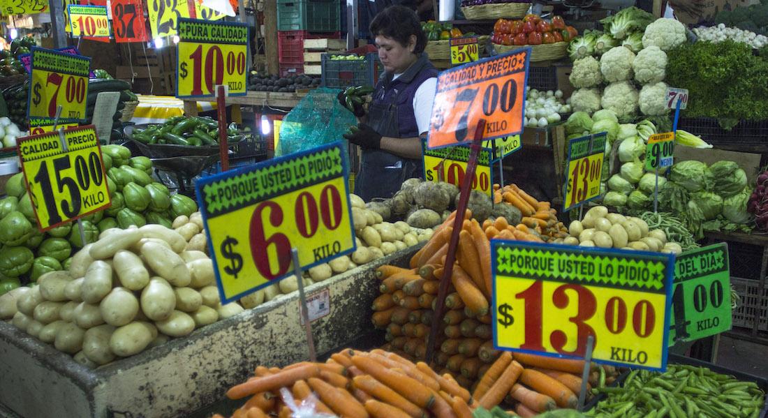 Inflación baja 0.34% en primera quincena de mayo por tarifas eléctricas