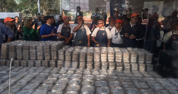 CDMX rompe récord Guinnes por la mayor cantidad de tacos repartidos