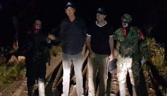 EL ELN libera a dos periodistas holandeses que mantenía secuestrados desde  hace una semana 10f3fa07c83