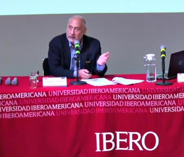 Sería una tontería que Trump abandonara el TLCAN: Nobel Stiglitz