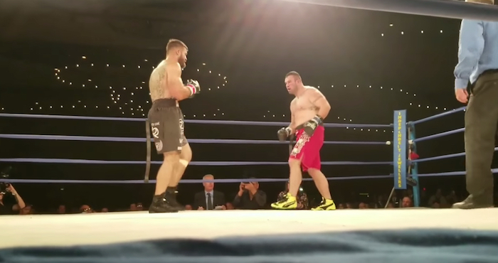Boxeador fue declarado con muerte cerebral tras un terrible nocaut