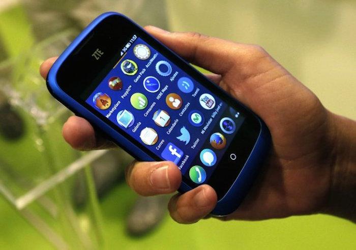 Conoce la enfermedad causada por el uso de teléfonos móviles