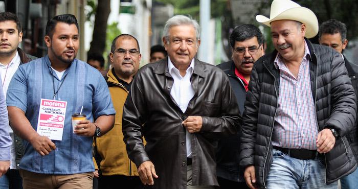 Andrés Manuel López Obrador llega a Hermosillo para firmar acuerdo