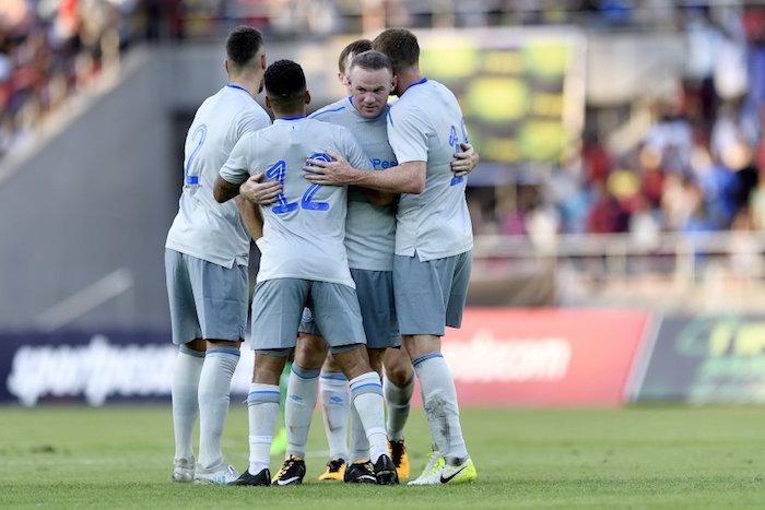 El golazo de Wayne Rooney en su regreso al Everton
