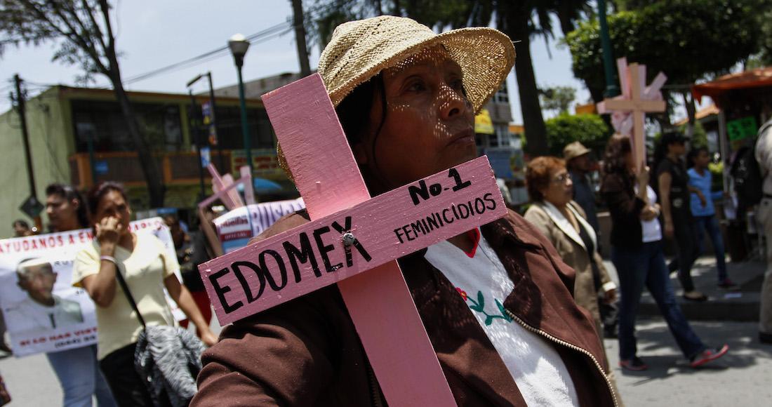 Intentan linchar a feminicida en Tecámac