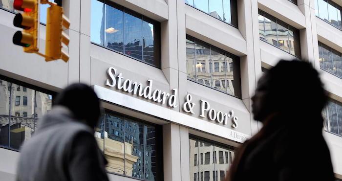 Standard & Poor's sube a 'estable' la perspectiva crediticia de México