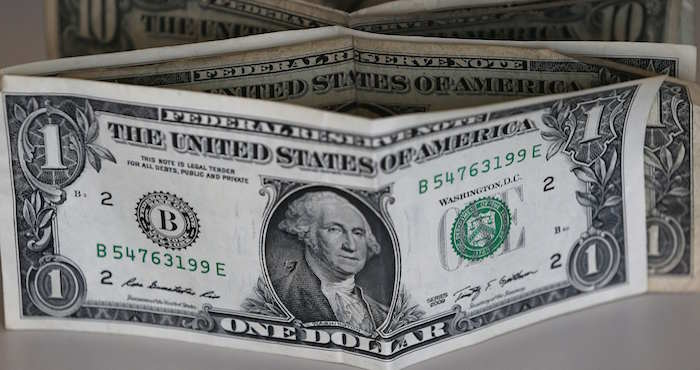 Bolsa de Valores de México avanzó al cierre y ganó un 0,32%