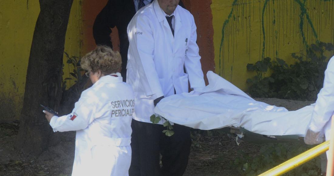Hallan muerta a una mujer en calles de Ticomán