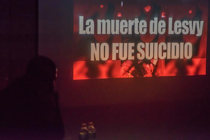 MÉXICO: Peritaje independiente rechaza versión de PGJ sobre suicidio de Lesvy
