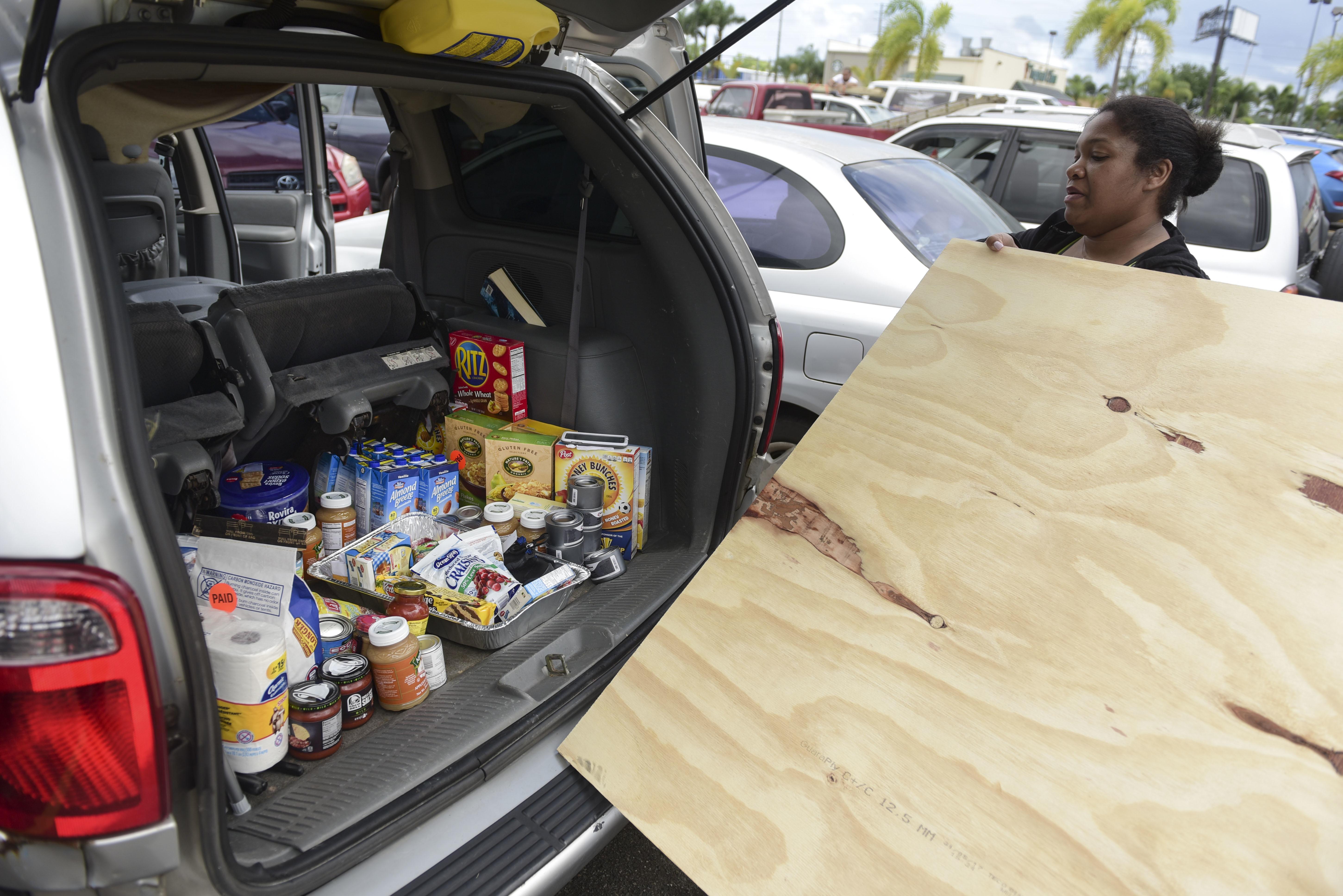Antigua exhibe fuertes inundaciones tras paso del huracán Irma