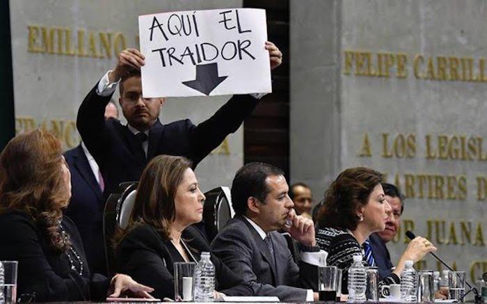 Margarita Zavala lamenta la crisis del PAN