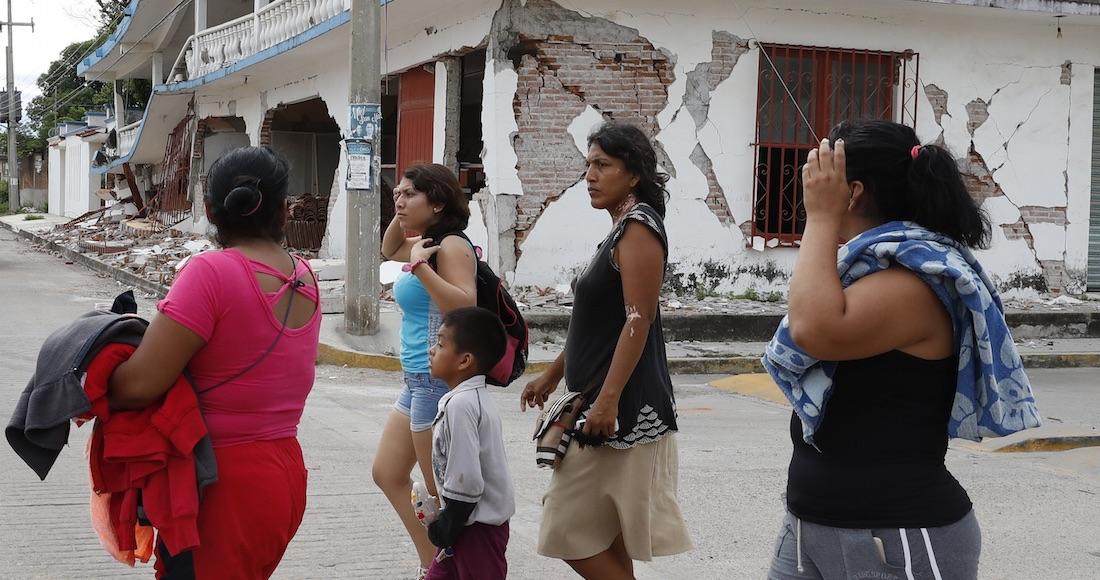 """Víctimas del sismo ya """"tienen café y pan para aminorar el dolor"""", dice funcionario de Chiapas (VIDEO)"""