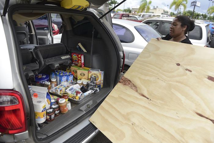 El huracán Irma suma 8 muertos en su paso por el Caribe