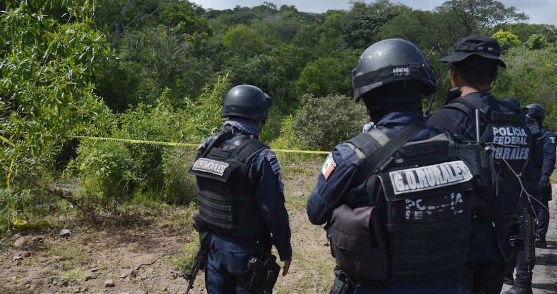 Enfrentamiento entre la policia estatal y presuntos delincuentes deja dos civiles armados muertos