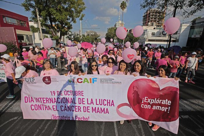 Conmemoran día mundial contra el Cáncer de Mama