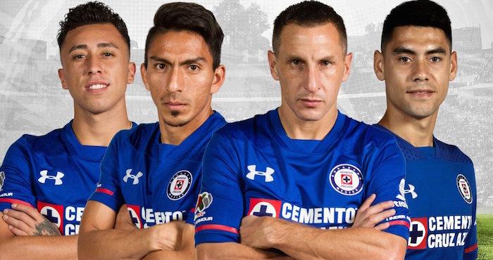 Gana Cruz azul 4-1 contra Pumas