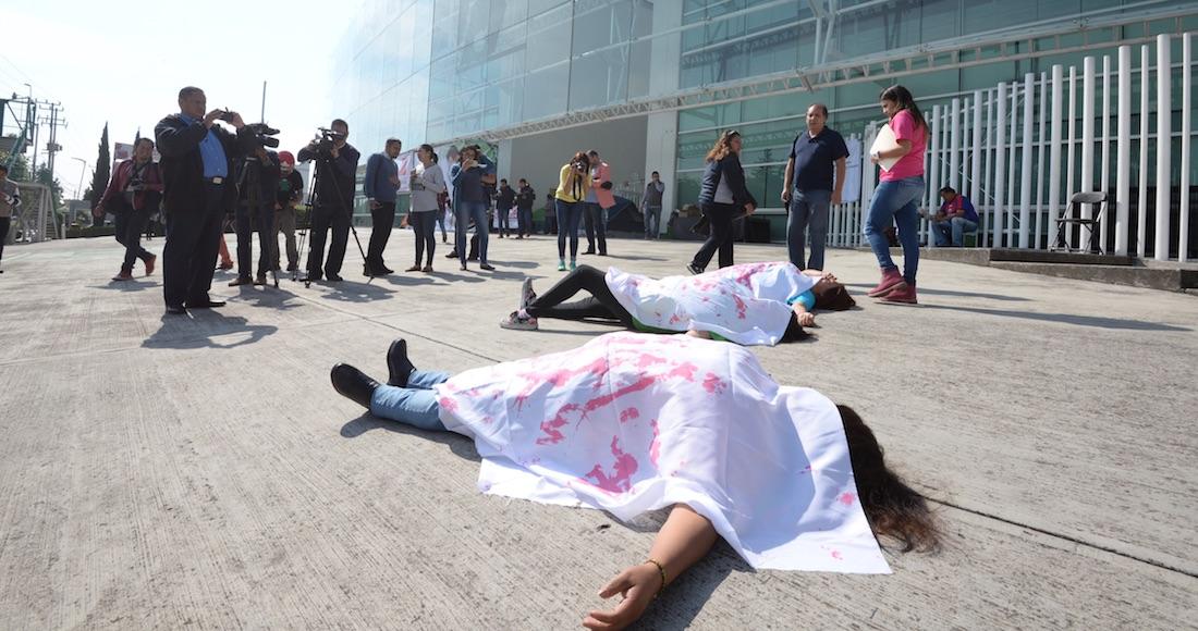 Hallan el cuerpo de una joven con huellas de tortura