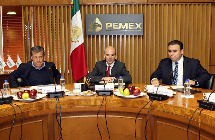 Pemex despide a trabajadores en Salamanca por robo de combustibles