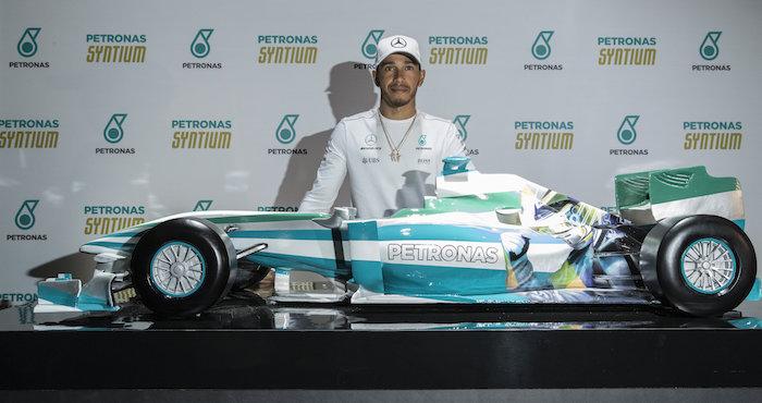 Hamilton dominó los primeros ensayos en Interlagos