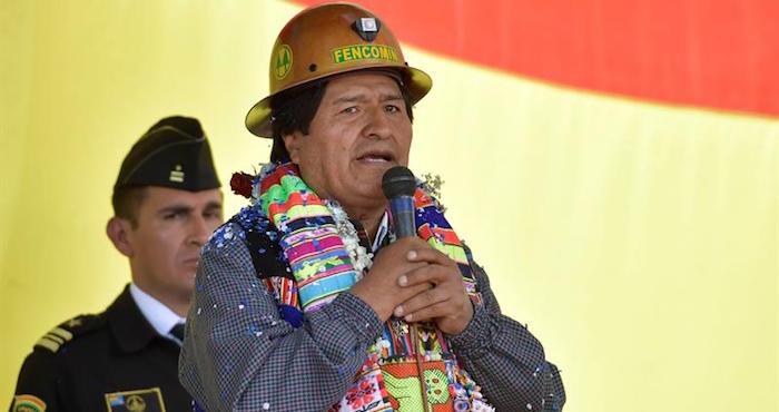 Peter Brennan pide reunión de despedida con Evo Morales y Fernando Huanacuni