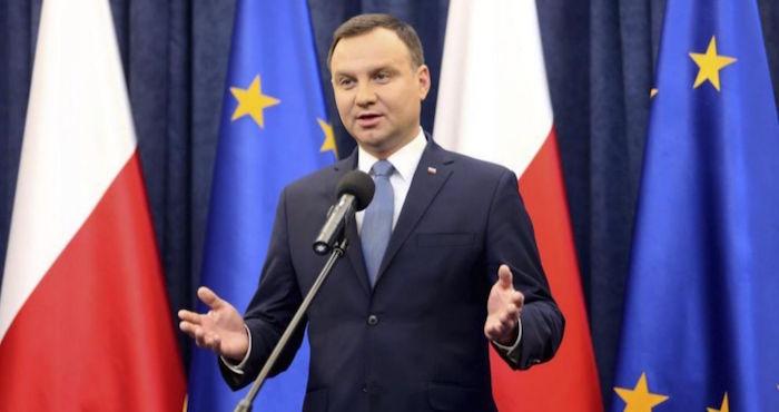 Polonia incentiva la natalidad, invita a sus habitantes a