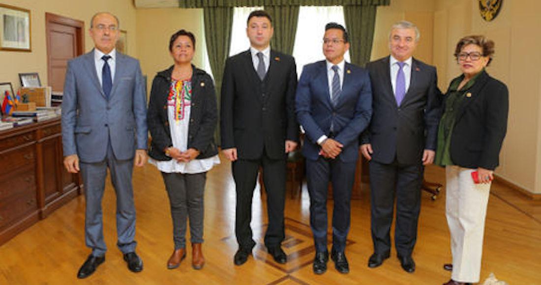 Diputados dañan relación México-Azerbaiyán