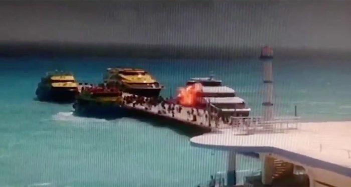 Investigan a policías que posaron con nudistas en Cancún