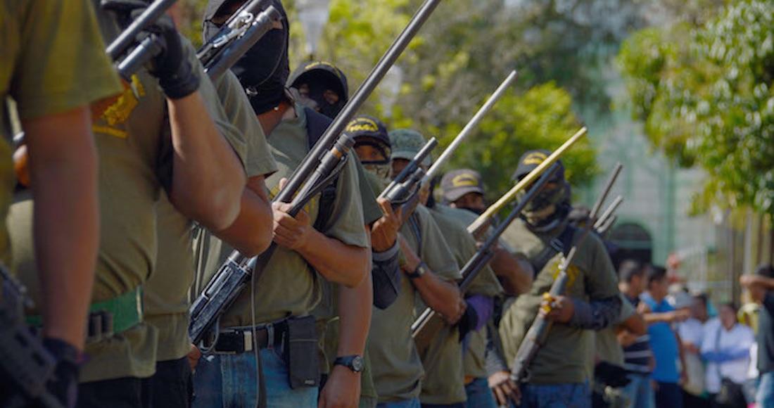 AMLO recibe un país con policías y alcaldes ligados al narco y con 15 cárteles en plena expansión Policiascomunitarias