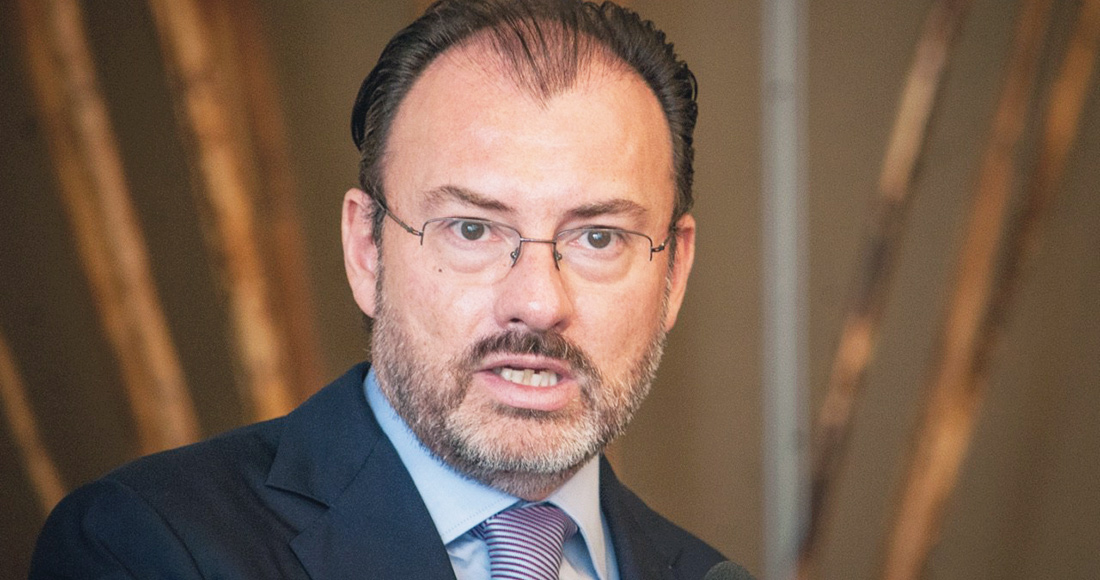Videgaray se retira de la política, pero miles de mensajes en ...