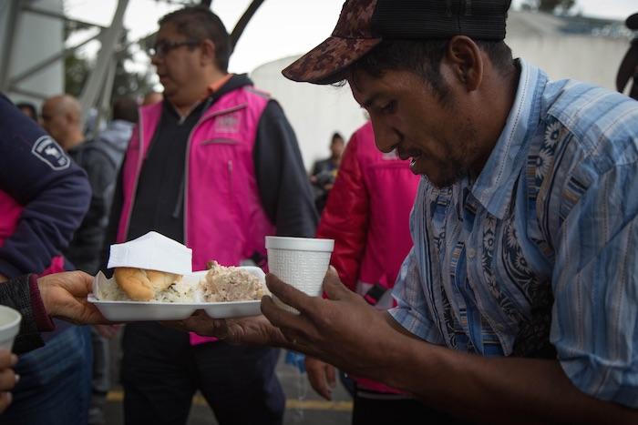 Desaparecen 2 camiones con 100 migrantes en Veracruz