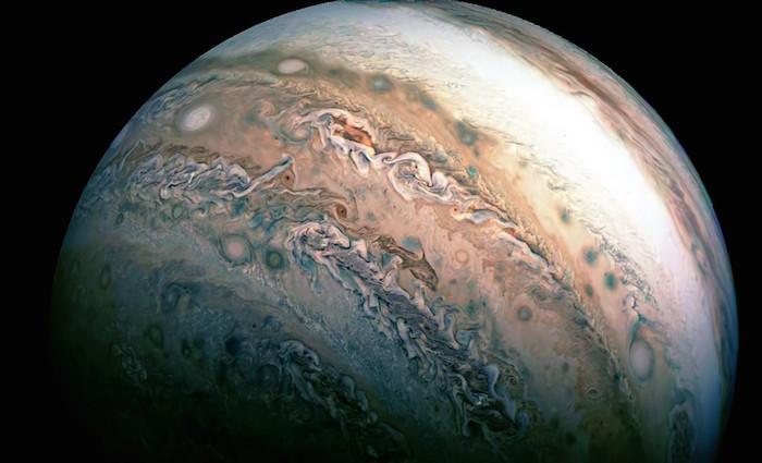 Como pintura... NASA revela fascinante foto de nubes en Júpiter