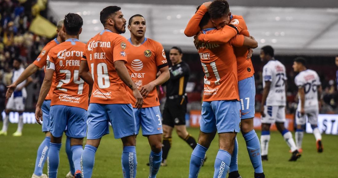 54d84d99f Elías Hernández cobró de manera admirable una pena máxima y le dio el  triunfo a los celestes en el estadio de los Tigres en Monterrey. Cruz Azul  llegó a ...