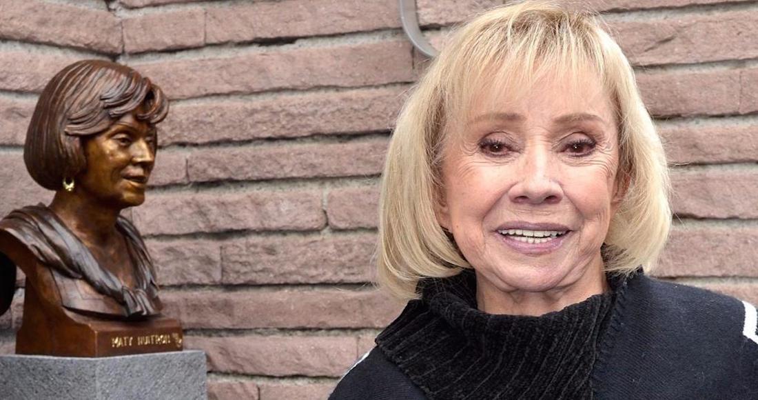 Thelma Tixouy nació en Buenos Aires, Argentina, en 1944. Fue bailarina,  cantante y actriz.