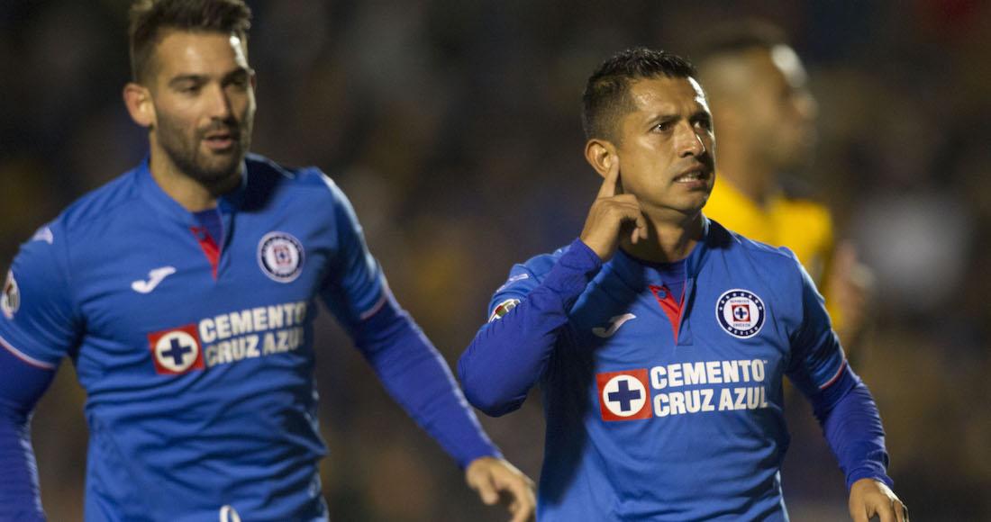 a812b3b23 Cruz Azul derrota a Tigres con gol de Elías Hernández y consigue su primera  victoria en 2019