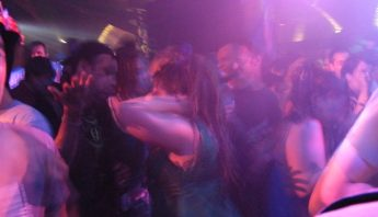dancing-206740_960_720