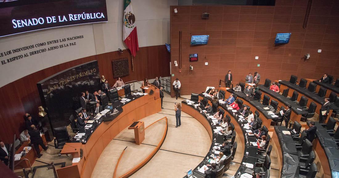 c6f37df865 La presentación de las iniciativas se da luego que la marca Carolina Herrera  fuera acusada, por la Secretaría de Cultura, de apropiación cultural de una  ...