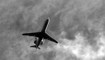 commercial-jetliner-3628141_960_720