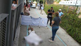 Muerto_en_Acapulco_-1