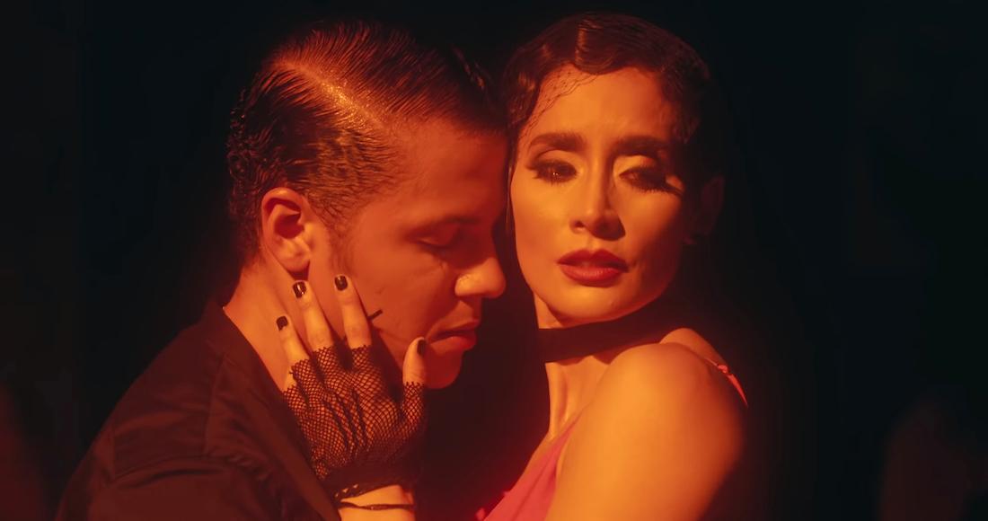 la actriz mexicana paola n u00fa u00f1ez participa en el video del