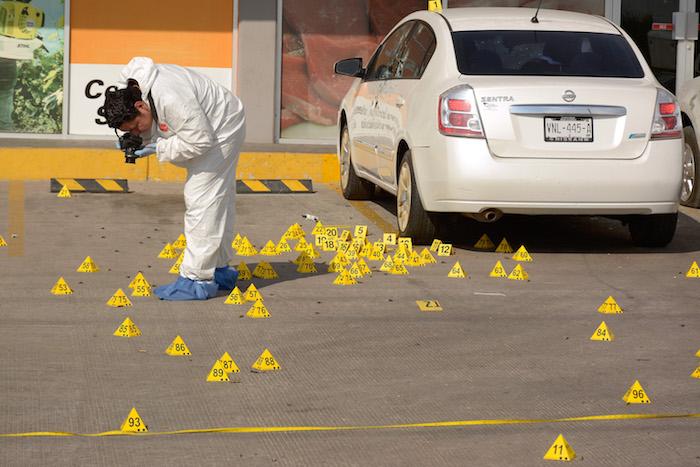 Se aseguraron más de 100 casquillos de distintos tipos de arma. Foto: Juan Carlos Cruz, Cuartoscuro