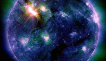 la-cancion-magnetica-de-la-tierra-durante-una-tormenta-solar-grabada-por-primera-vez