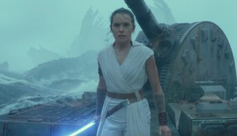 starwars-riseofskywalker-trailerbreakdown-rey-deathstar-surface-lightsaber