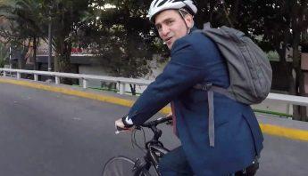 herrera en bici