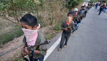 niños armados chilapa