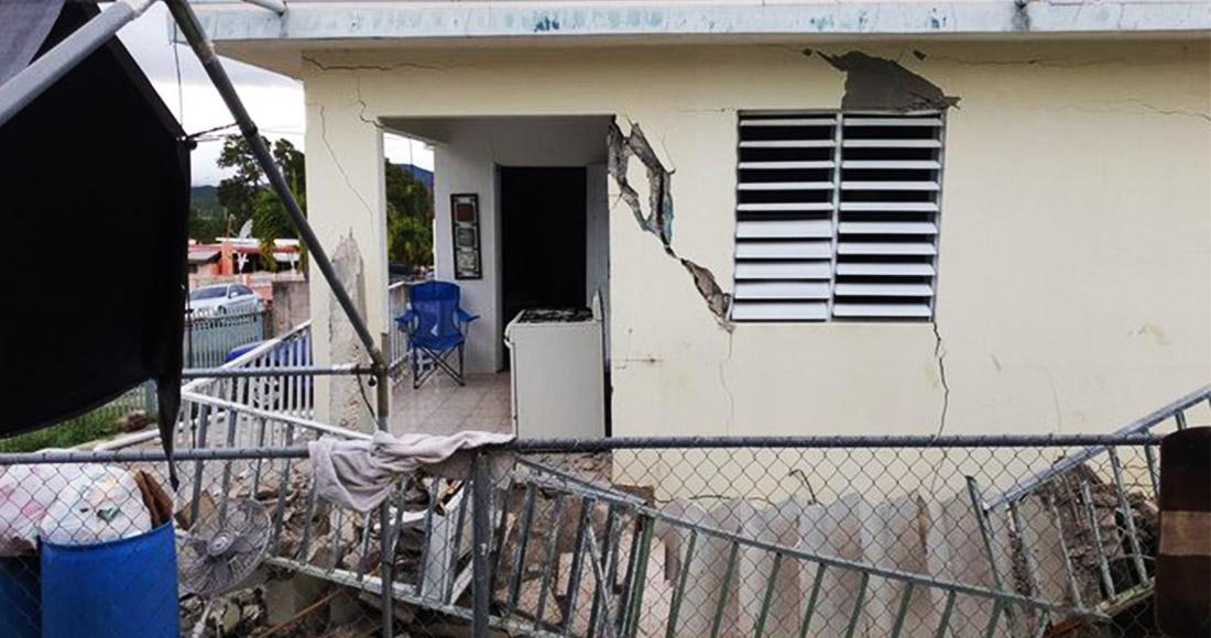 Resultado de imagen para Un sismo de magnitud 5,8 sacudió Puerto Rico en la madrugada del lunes, provocando pequeños deslaves, cortes en el suministro eléctrico y graves grietas en algunas viviendas.