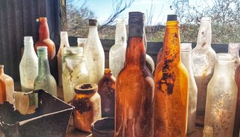 bottles-4293521_1920