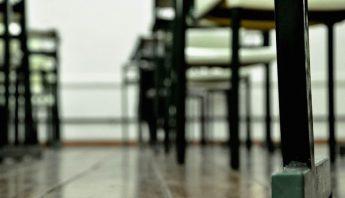 school-desks-305953_960_720