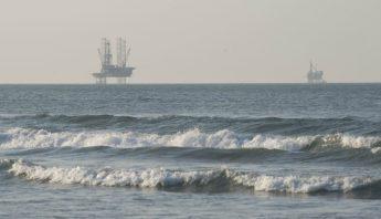 cae precio petroleo mexico